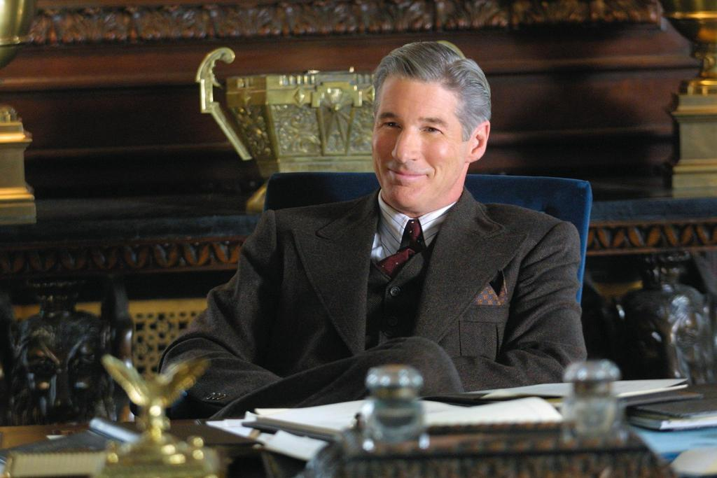richard-gere-in-chicago-2002-large-picture