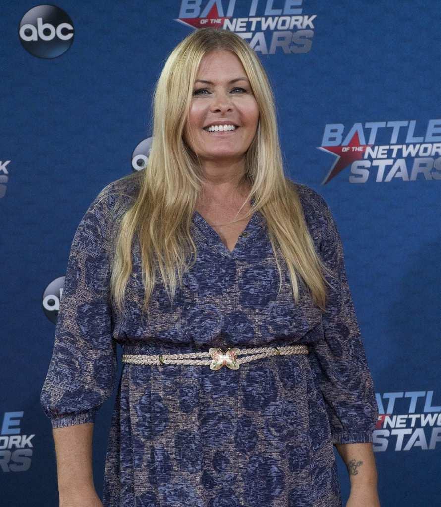 Nicole eggert celebrity fit club photo