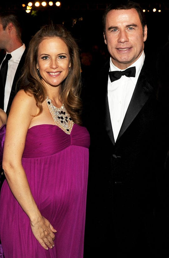 082710_bump_gallery_kelly_preston_103287423