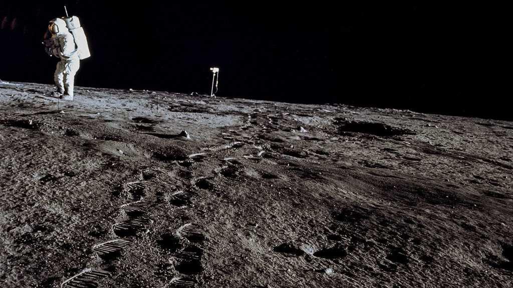 mars - moon