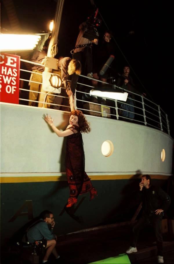 rare-photos-of-titanic-movie-behind-scen